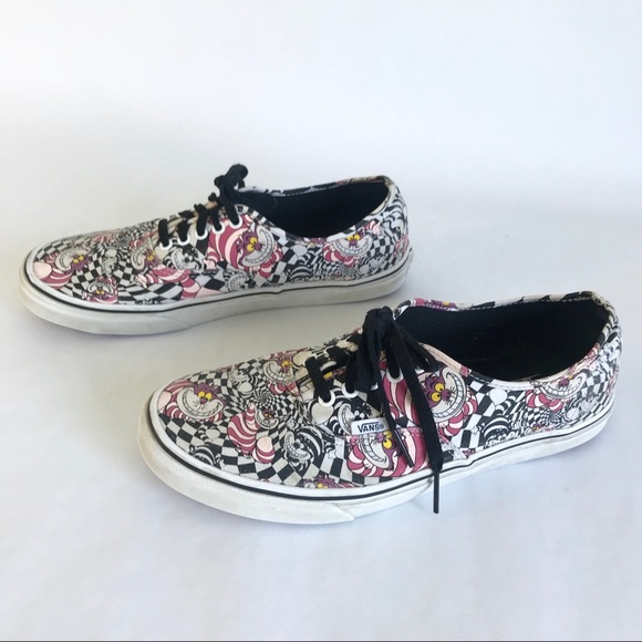 d1c7646b79d882 Vans Disney 11 Cheshire Cat Alice in Wonderland. M 5b04bab8c9fcdfa22071ec7b
